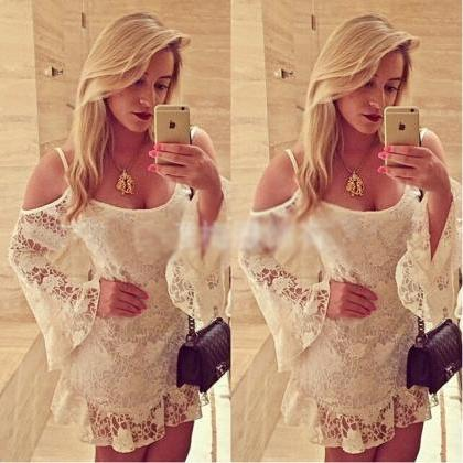 Sexy White Lace Collar Long-Sleeved..