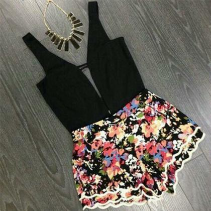 Sexy V-Neck Sleeveless Floral Print..