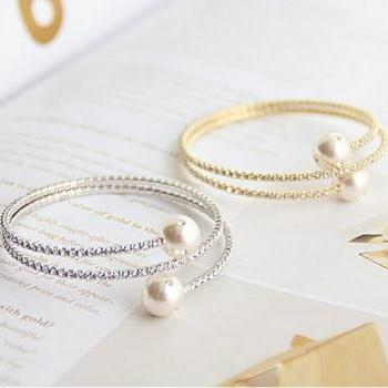 The New Drill Pearl Bracelet